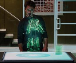 La table holographique dans Iron Man © Paramount Pictures